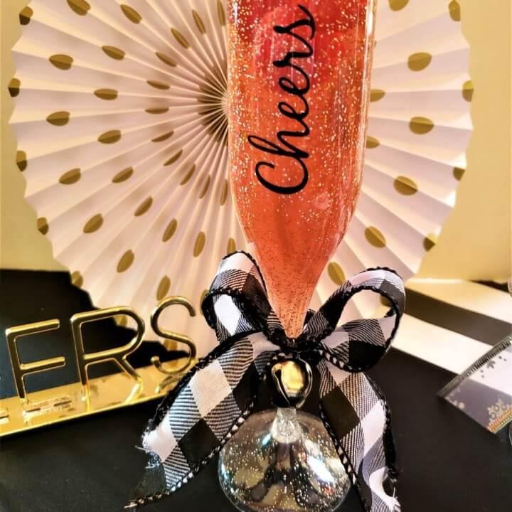 champagne jello posh shot in flute glass