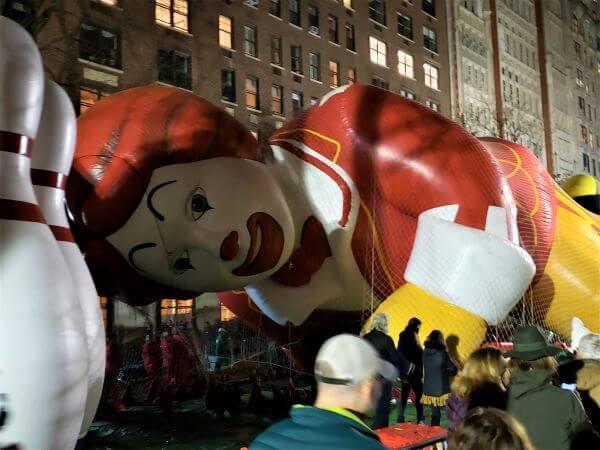 ronald mcdonald macys parade balloon