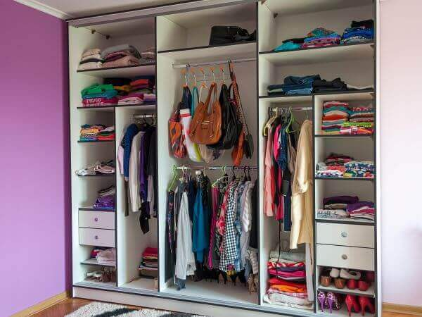 how to do a closet clean out