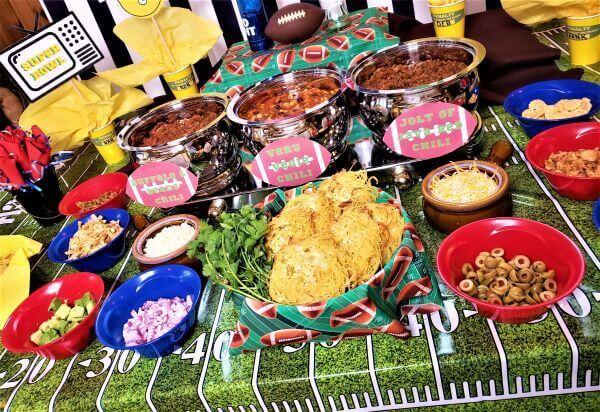 "super ""chili"" bowl bar super bowl party ideas"
