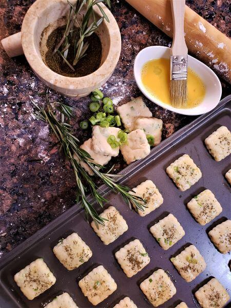 buttermilk ramp biscuits with rosemary dust