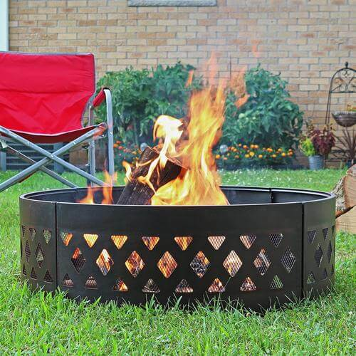 fire ring with crosshatch pattern