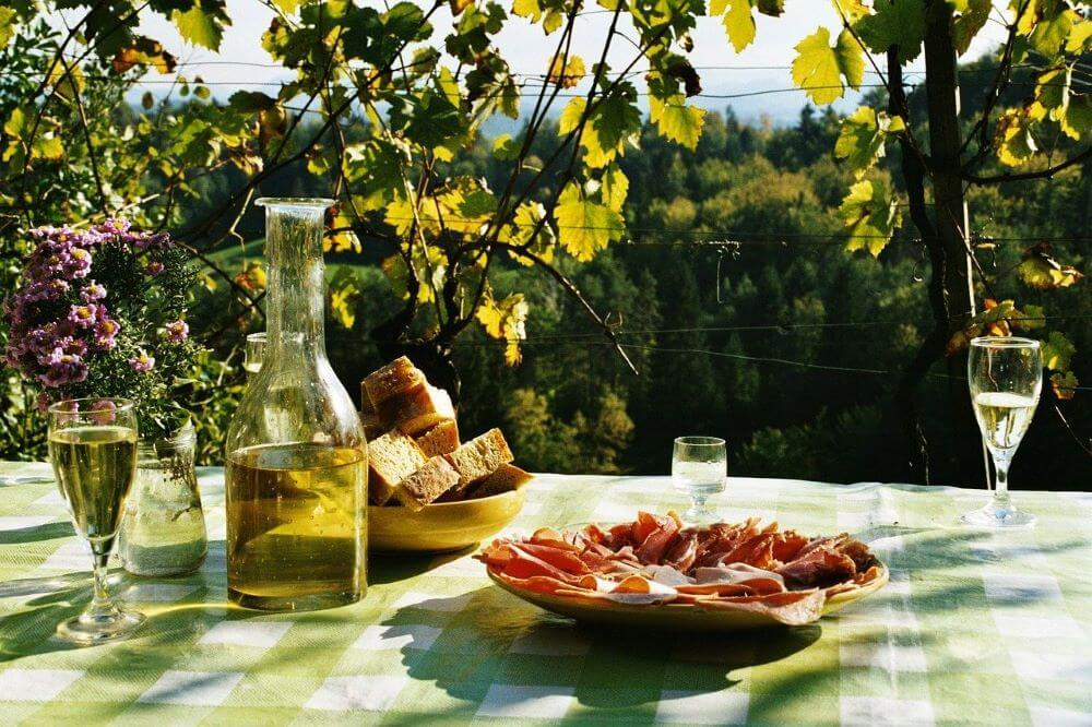 how to plan the perfect picnic