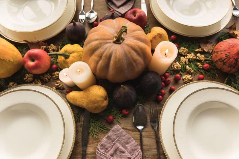 fall tablescapes with candlelight