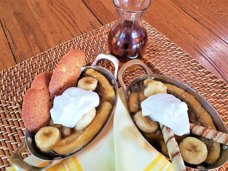 brandied bananas recipe with cookies and whipped cream