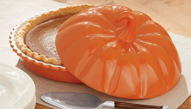 covered pumpkin shaped pie plate for thanksgiving dinner