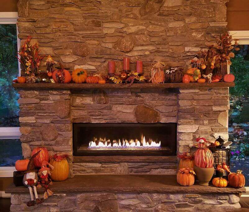how to decorate your fireplace and mantle for thanksgiving