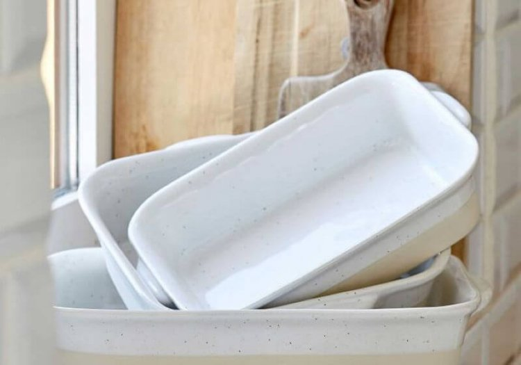 two tone rectangular casserole dishes for thanksgiving dinner