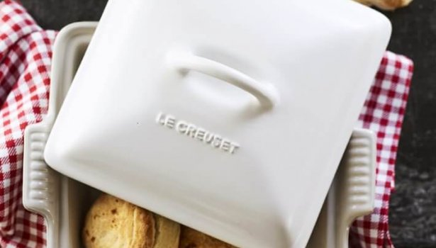 square white covered casserole thanksgiving dinner preparation kitchen essentials