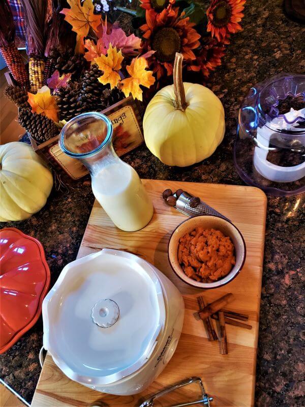 pumpkin streusel ice cream ingredients