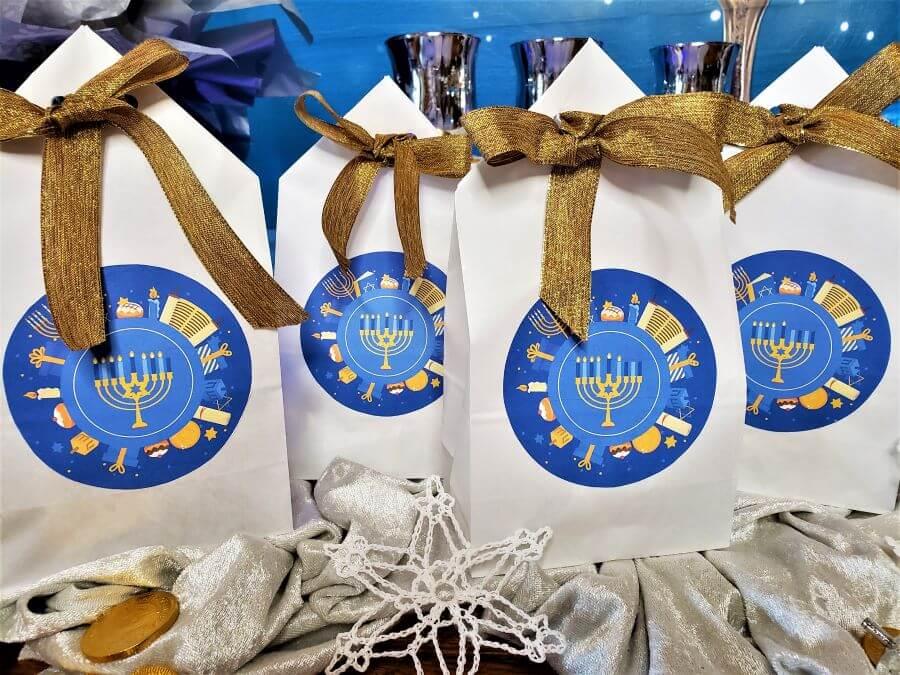 hanukkah countdown treat bags