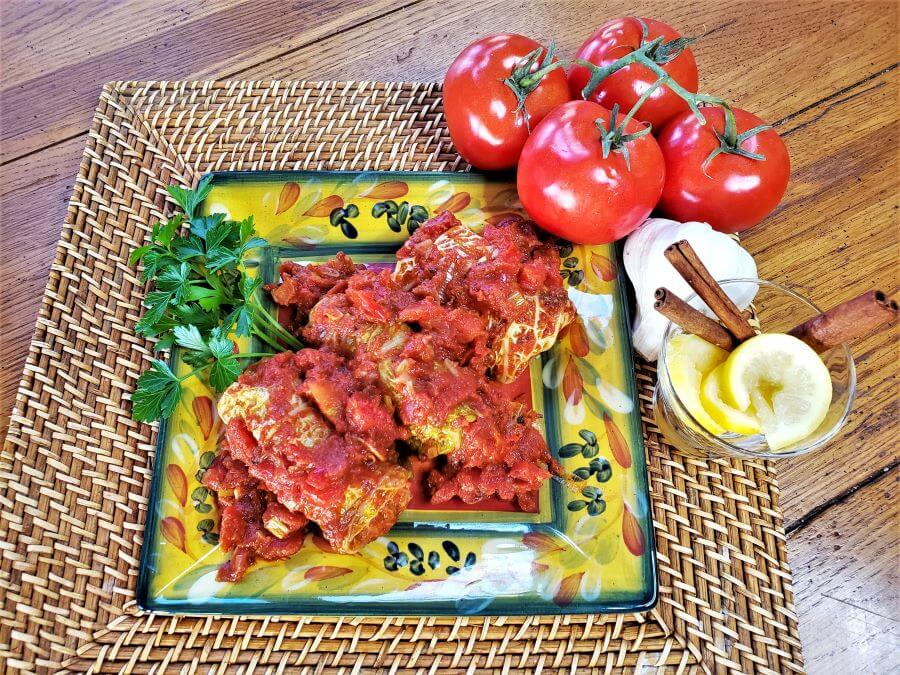 middle eastern stuffed cabbage rolls on brown mat