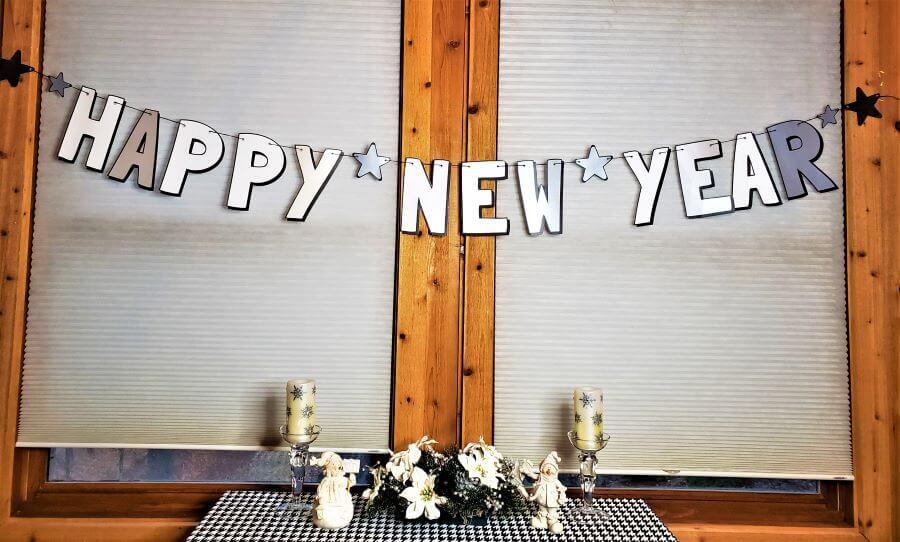 happy new year's garland