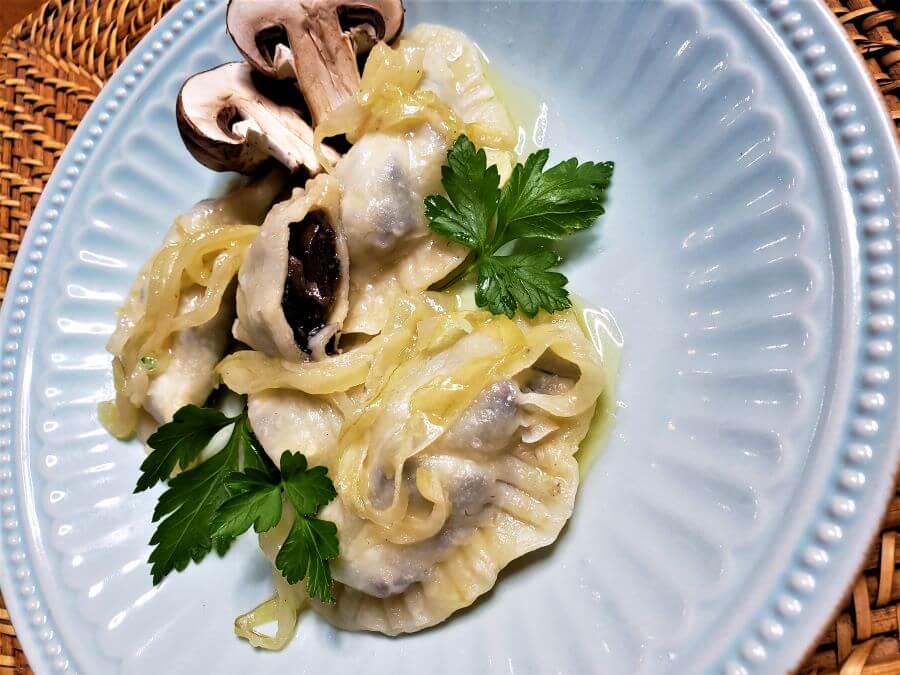 Polish mushroom thyme pierogi recipe
