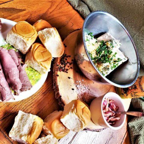 roast beef and gorgonzola slider ingredients