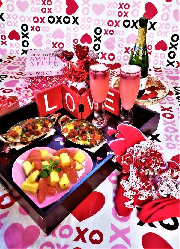 valentine's breakfast in bed