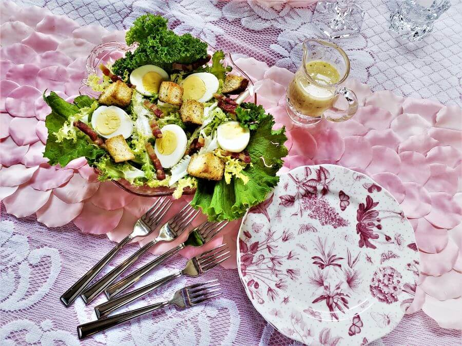 salad lyonnaise with herbs de provence croutons