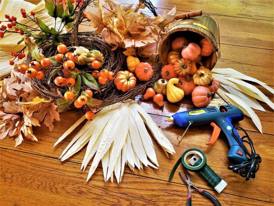 corn husk fall mantle garland